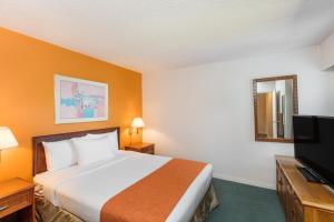Howard Johnson Hotel - Victoria, Отели  Виктория - big - 46