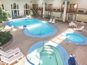 Nearby hotel : Best Western Ramkota Hotel Pierre