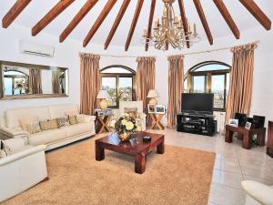 Villa Dalias 55, Dovolenkové domy  Cumbre del Sol - big - 34