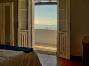 Holiday Home Casa La Marea, Sea View Sunsets, Nyaralók  Arrieta - big - 38