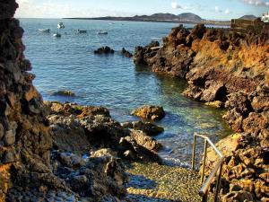 Holiday Home Casa La Marea, Sea View Sunsets, Ferienhäuser  Arrieta - big - 36