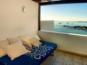 Holiday Home Casa La Marea, Sea View Sunsets, Nyaralók  Arrieta - big - 32