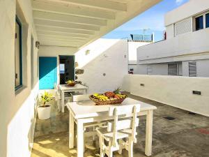 Apartment La Casa de las Salinas, Apartmány  Arrieta - big - 25