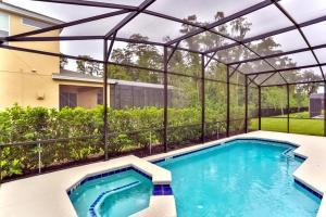 220 Las Fuentes Drive - Six Bedroom Villa - Kissimmee