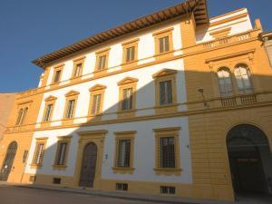 Stappo's Palace