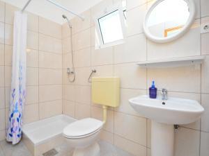 Apartment Mela, Apartmány  Tribunj - big - 24