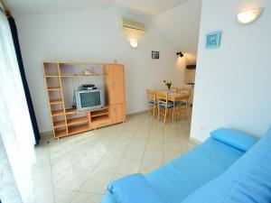 Apartment Mela, Apartmány  Tribunj - big - 17
