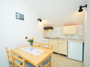 Apartment Mela, Apartmány  Tribunj - big - 14
