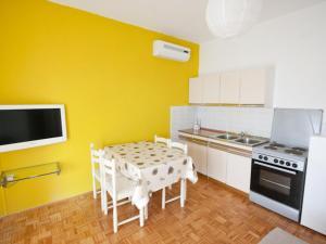 Apartment Stipanicev.2, Ferienwohnungen  Tribunj - big - 17