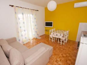 Apartment Stipanicev.2, Ferienwohnungen  Tribunj - big - 18