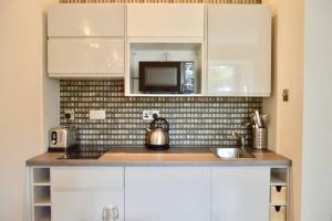 1 Bedroom Flat in Edinburgh's New Town Sleeps 2, Apartmanok  Edinburgh - big - 3