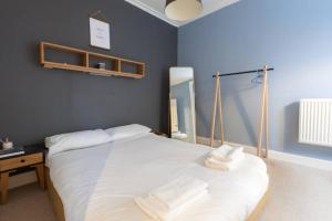 1 Bedroom Flat in Edinburgh's New Town Sleeps 2, Apartmanok  Edinburgh - big - 9