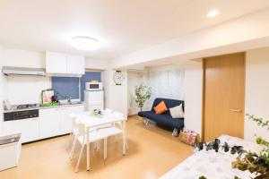 Apartment in Toshima 889
