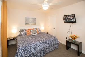 A301 Casuarina Breeze Condo, Apartmány  Virginia Beach - big - 23