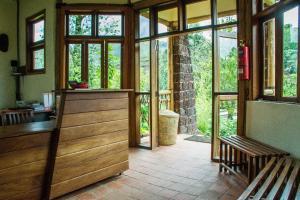 Ichumbi Gorilla Lodge, Chaty v prírode  Kisoro - big - 17