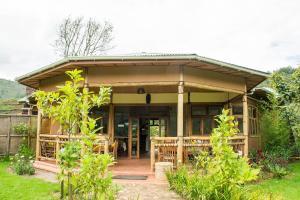 Ichumbi Gorilla Lodge, Chaty v prírode  Kisoro - big - 18