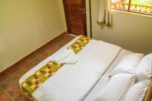 Ichumbi Gorilla Lodge, Chaty v prírode  Kisoro - big - 39