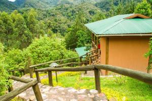 Ichumbi Gorilla Lodge, Chaty v prírode  Kisoro - big - 16