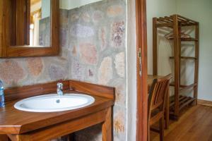 Ichumbi Gorilla Lodge, Chaty v prírode  Kisoro - big - 2