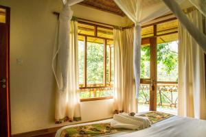 Ichumbi Gorilla Lodge, Chaty v prírode  Kisoro - big - 1
