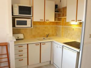 Apartment Les Plages de Cavalière, Apartmanok  Le Lavandou - big - 26
