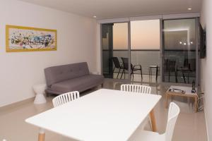Amazing 2 Bedroom on Bocagrande Beach, Ferienwohnungen  Cartagena de Indias - big - 17