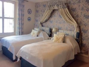 Muddifords Court Country House, Bed & Breakfasts  Cullompton - big - 29