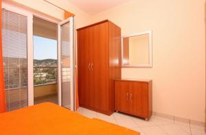 Apartment Vinisce 5229b, Ferienwohnungen  Vinišće - big - 17