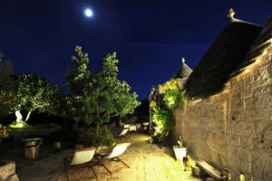 Trulli Gallo Rosso, Bed and breakfasts  Noci - big - 1