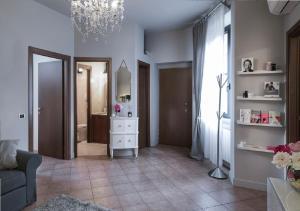 Splendido Appartamento, M3 - Stazione Centrale, Apartmány  Milán - big - 11