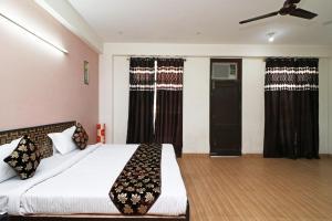 OYO 11495 Mehta Guest House