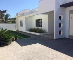 Bela Casa em Ingleses, Ferienhäuser  Florianópolis - big - 1