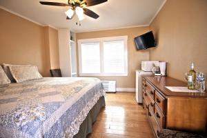 Peach Tree Inn & Suites, Hotely  Fredericksburg - big - 43