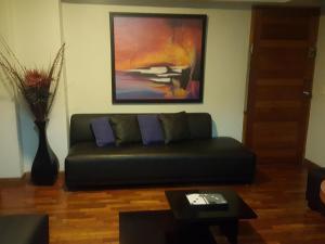Acogedor departamento amoblado en Miraflores, Apartmány  Lima - big - 1