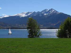 Lake Dillon Condos 209, Apartmány  Dillon - big - 23