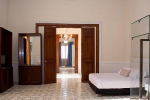 Beautiful 11 Bedroom Mansion near the Old City, Holiday homes  Cartagena de Indias - big - 14