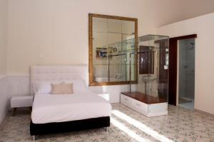 Beautiful 11 Bedroom Mansion near the Old City, Case vacanze  Cartagena de Indias - big - 35
