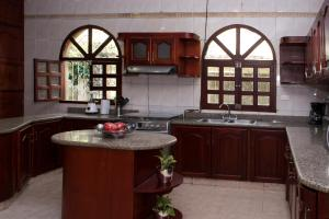 Beautiful 11 Bedroom Mansion near the Old City, Holiday homes  Cartagena de Indias - big - 37