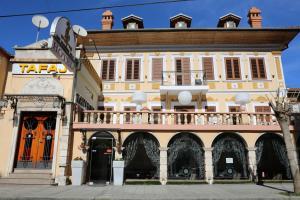 Тирана - Hotel Villa Tafaj
