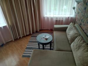 Двухкомнатная квартира, Apartmány  Ivanteevka - big - 9