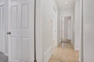 Prime Location , Private Pool , Located In Tampa, Holiday homes  Tampa - big - 50