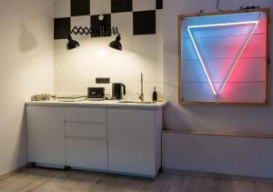 Studio z Neonem