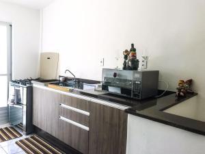 Casa amarela, Dovolenkové domy  Florianópolis - big - 5
