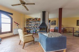 Casa Bonaire, Загородные дома  Benissanet - big - 40