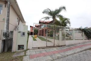 Casa Pepo Manoel, Dovolenkové domy  Florianópolis - big - 1