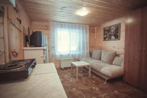 Dom-banya Yagodka, Country houses  Selishche - big - 5