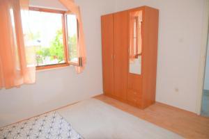 Apartment Poljica 10237a, Apartments  Marina - big - 24