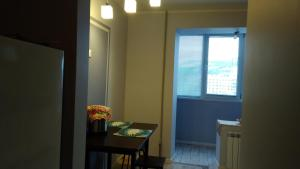 Apartment with a view of the Zhiguli mountains, Apartments  Zhigulevsk - big - 19