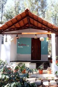 The Inchara HomeStay, Agriturismi  Attigundi - big - 6