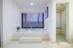 The Palayana Hua Hin Resort and Villas, Курортные отели  Ча-Ам - big - 96